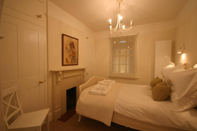Duke Apartment Bedroom | Duke House | City Centre Boutique Bed and Breakfast | Duke House, Cambridge, UK