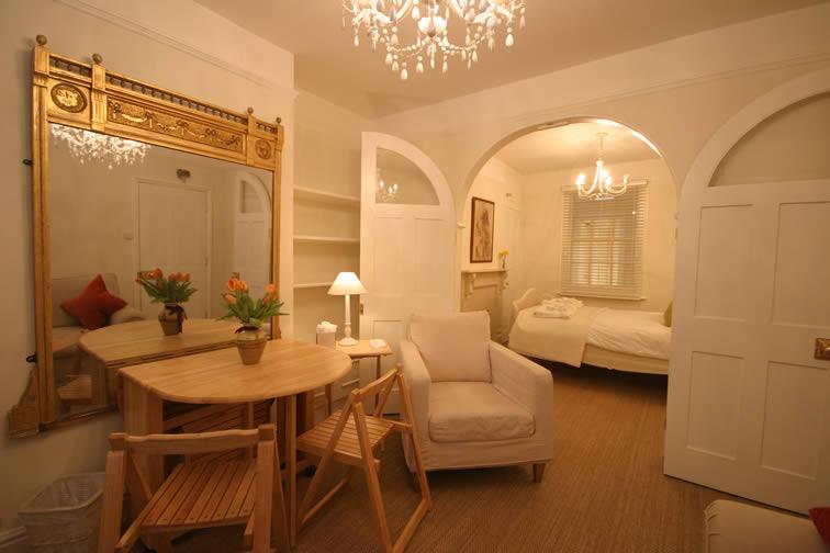 Duke Apartment | Duke House | City Centre Boutique Bed and Breakfast | Duke House, Cambridge, UK