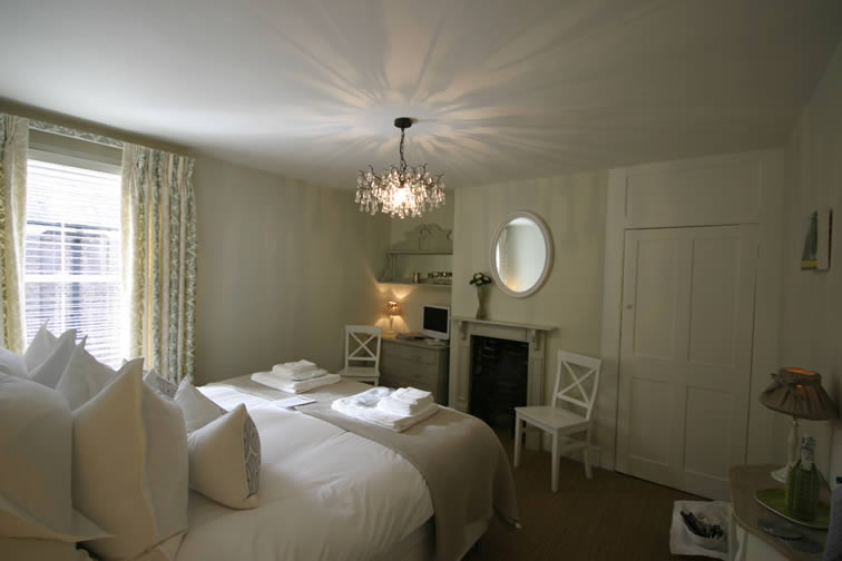 The Kent | Duke House | City Centre Boutique Bed and Breakfast | Duke House, Cambridge, UK